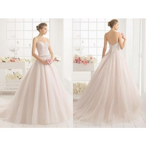 Bí quyết chọn váy cưới cô dâu phù hợp với dáng người-7