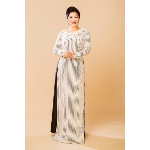 Những mẫu áo dài cho mẹ cô dâu 2019 đẹp, sang trọng nhất-7