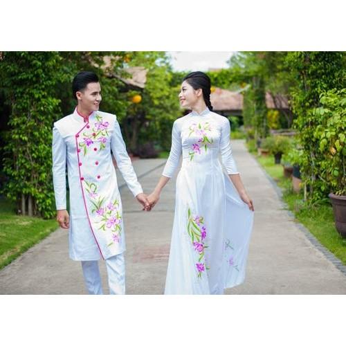 Những mẫu áo dài cưới cách tân đẹp cho cô dâu chú rể năm 2019-3