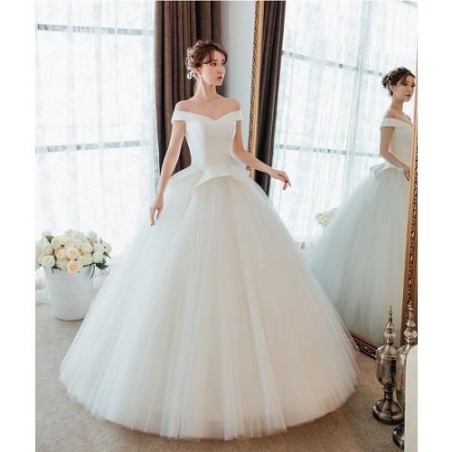 Những mẫu váy cưới công chúa giúp cô dâu đẹp tựa thiên thần-12