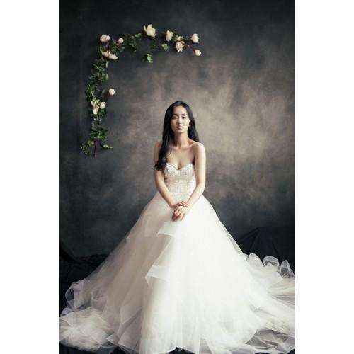 Những mẫu váy cưới công chúa giúp cô dâu đẹp tựa thiên thần-15