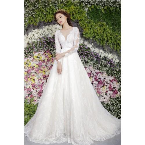 Những mẫu váy cưới công chúa giúp cô dâu đẹp tựa thiên thần-17