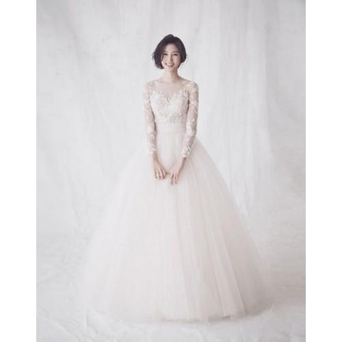 Những mẫu váy cưới công chúa giúp cô dâu đẹp tựa thiên thần-3