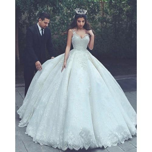 Những mẫu váy cưới công chúa giúp cô dâu đẹp tựa thiên thần-6