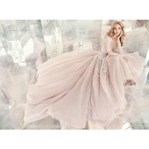 Những mẫu váy cưới đẹp nhất thế giới hiện nay-8