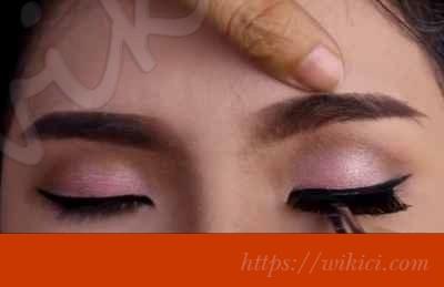 Cách trang điểm cho cô dâu mắt một mí-10
