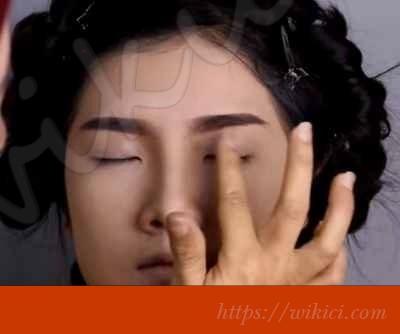 Cách trang điểm cho cô dâu mắt một mí-6