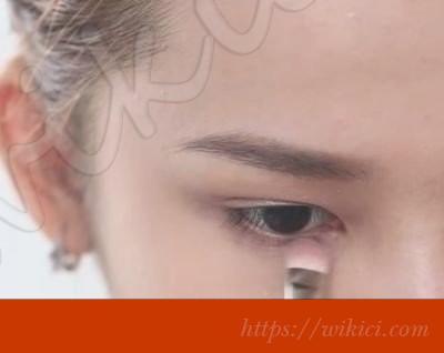 Cách trang điểm cô dâu theo phong cách Hàn Quốc-17