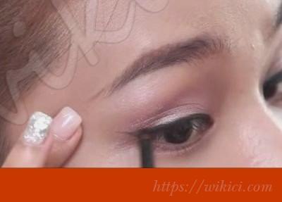 Cách trang điểm cô dâu theo phong cách Hàn Quốc-23