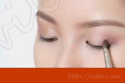 Hướng dẫn cách trang điểm cho cô dâu mặt dài-7