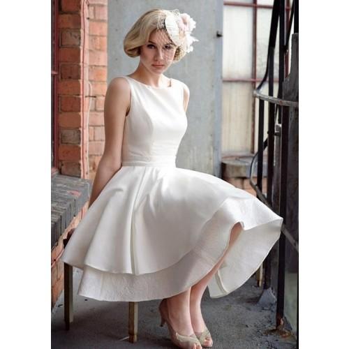 Kinh nghiệm chọn váy cưới ngắn cho cô dâu-13