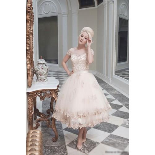 Kinh nghiệm chọn váy cưới ngắn cho cô dâu-7