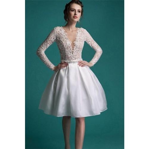 Kinh nghiệm chọn váy cưới ngắn cho cô dâu-9