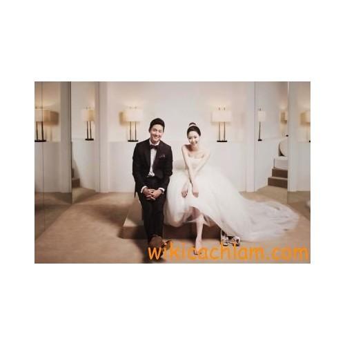 Mẹo tạo dáng tự nhiên khi chụp hình cưới-12