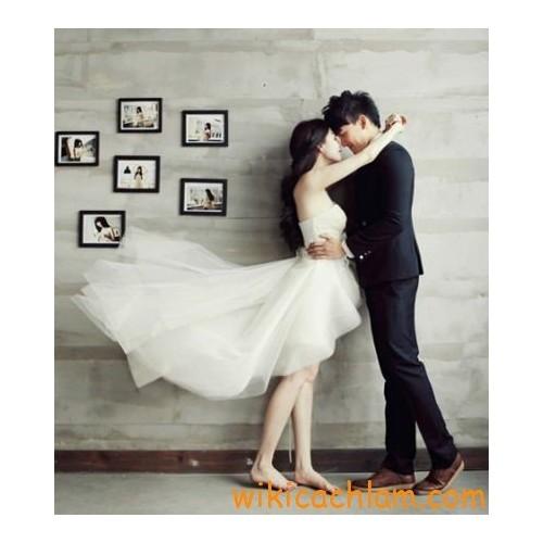 Mẹo tạo dáng tự nhiên khi chụp hình cưới-2