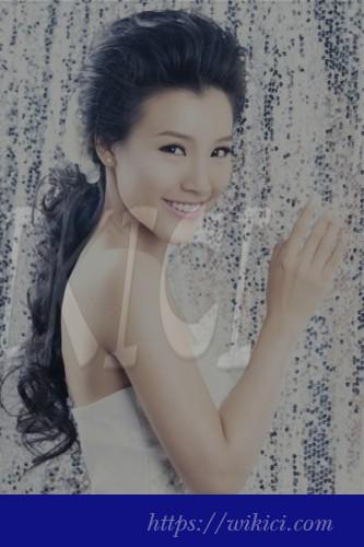 Tư vấn chọn kiểu tóc cô dâu phù hợp với từng khuôn mặt-11
